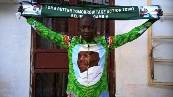 Gambie: Jammeh nomme le promoteur Njaks Promotion ambassadeur de la Gambie à Dakar