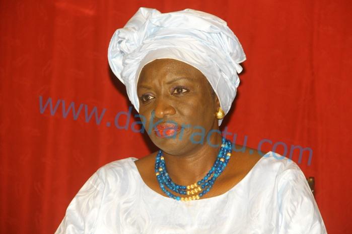 Mimi Touré : Nous sommes tous des candidats au Bac!