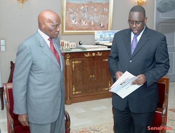 Tension politique au Sénégal: Macky, sur les pas de WADE ! (Sud quotidien)