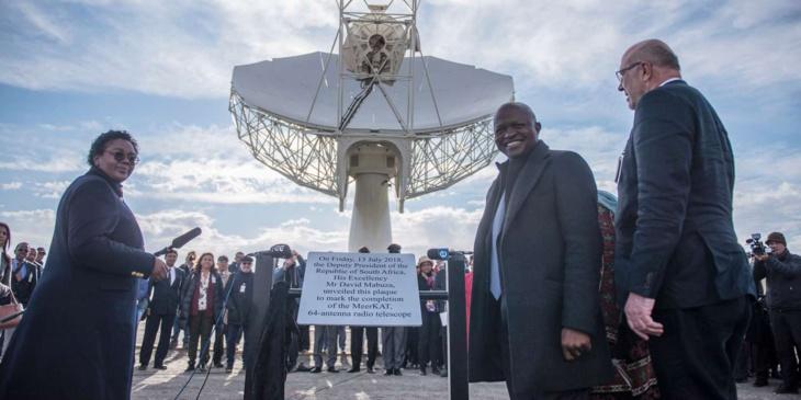 Le vice-président sud-africain David Mabuza lors de l'inauguration d'un radio télescope en Afrique du Sud