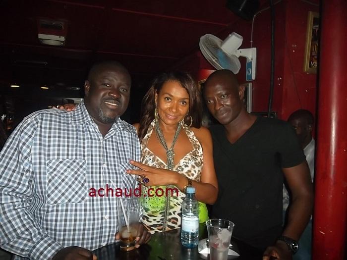 Le couple Delphine et son mari Babacar Diop ,propriétaire de VILLA CRISTAL