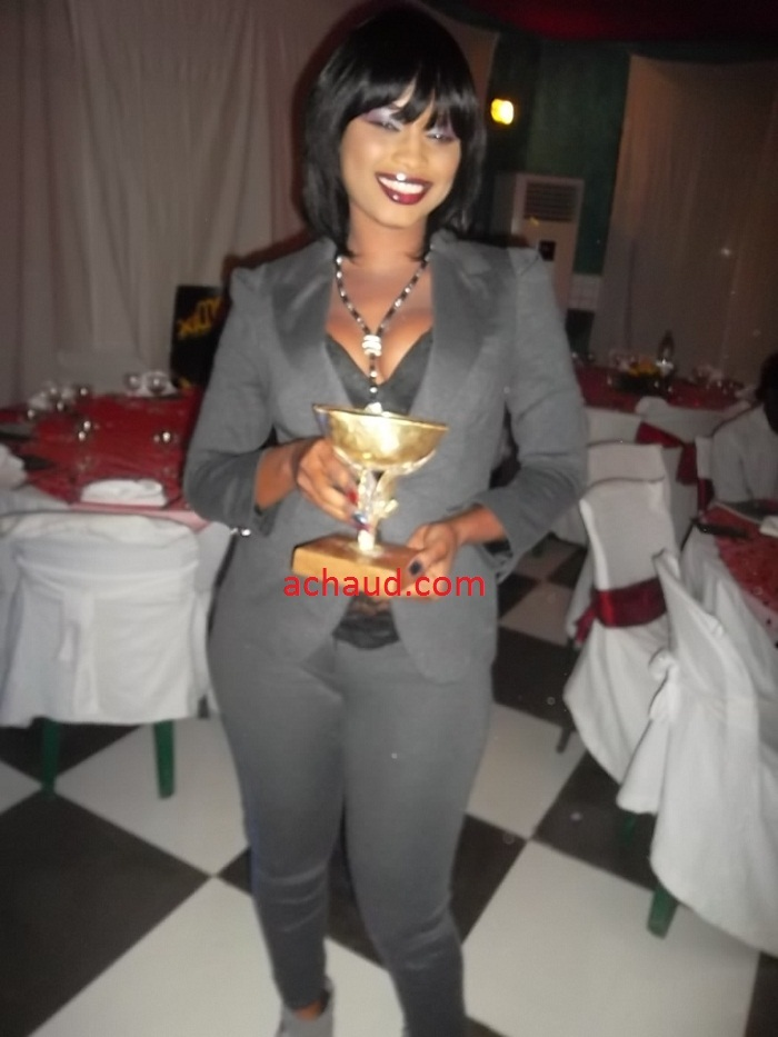 Calabasse d'excéllence Awards 2011: Mbathio remporte le prix du meilleur danseuse 2011