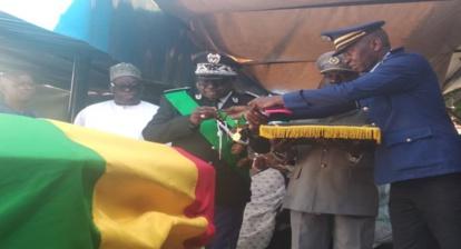 Levée du corps : Dansokho élevé, à titre posthume, au rang de Commandeur de l'ordre national du Lion