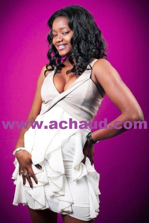 Fama Thioune,la fiancée de Matar Seck est devenue l'animatrice vedette de l'émission sen khéweul de la SenTV .