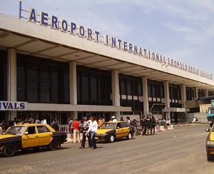 Aéroport de LSS: Sale temps pour les compagnies aériennes et les voyageurs.