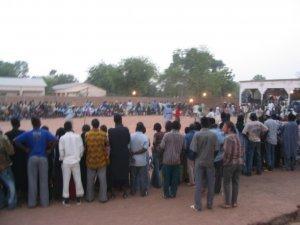 Indésirables dans les écoles, les lutteurs se rebellent et saisissent l'autorité préfectorale