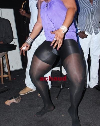Cette Sénégalaise ose danser avec cette tenue en boite.