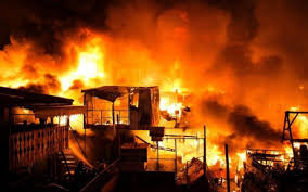 Marché Ocass de Touba: Un violent incendie réduit en cendres 4 centres commerciaux