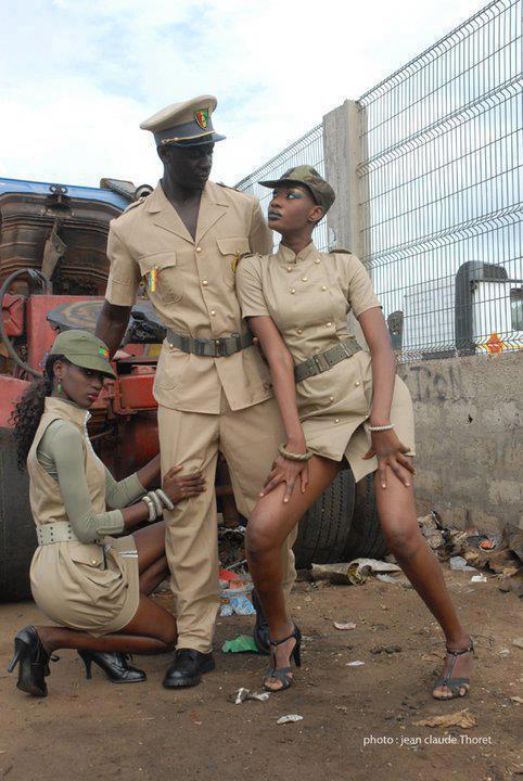 """Lissa et Fatou Niang en mode """"sexy policière"""""""