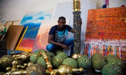 MUSÉE DE L'IFAN : MBAYE BABACAR DIOUF EXPOSE UN CHAPELET DE 700 KILOS EN BRONZE