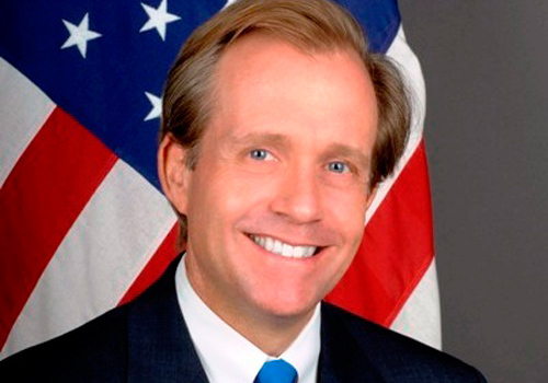 """Ambassade des USA: Lewis Lukens """"consterné"""" par la pollution des eaux à Mboro"""