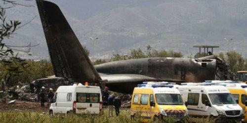 Catastrophe aérienne en Algérie: Plus de deux cents morts