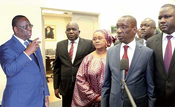 REFORME: Macky SALL souhaite un ''consensus'' sur le statut de l'opposition et la réforme des partis(Ministre)