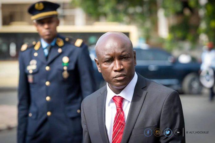 Aly Ngouille Ndiaye invite la Police à « rester ferme » dans la protection de la République