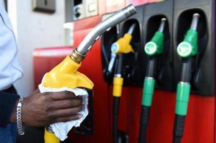 """""""Mieux, il y a du carburant dans les dépôts"""" selon le chargé de com' de la Sar"""