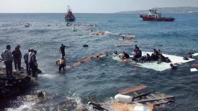 Urgent: Espagne! une embarcation de migrants chavire, au moins quatre morts