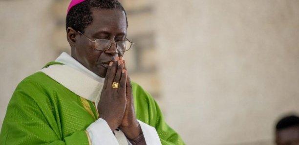 """Le """"faux compte"""" de l'archevêque de Dakar qui indispose l'Eglise"""