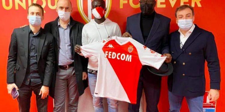 Krépin Diatta signe à l'As Monaco pour 16 millions d'euros.