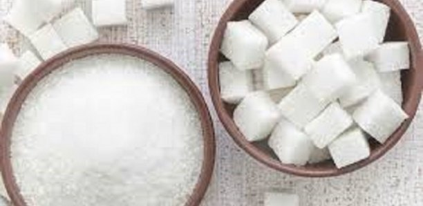 Hausse du prix du sucre: Les instructions de Abdoulaye Daouda Diallo au directeur des Douanes