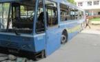 Dégâts collatéraux de la grève des transporteurs: Un bus de DDD caillassé