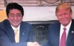 +Donald Trump et la poignée de main: entre malaise et agressivité