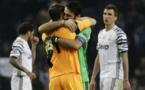 Ligue des Champions: Porto-Juve: l'accolade Buffon-Casillas