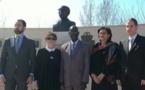 Mbagnick Ndiaye à l'inauguration du buste de Senghor à Bucarest
