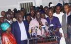 Annonce de 5 millions d'inscrits, transfert de commissions administratives: l'opposition presse le « holdup »