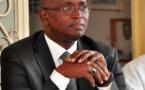 Mutuelle de santé: Abdoulatif Coulibaly remet les 100 millions offerts aux acteurs culturels