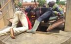 Amadou Bâ tue l'amant de sa femme et le jette dans un puits