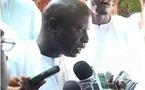 [ Video ] Tabaski 2011 à Thies : Idrissa Seck commente le sermon de l'imam Ndiour et revient sur Karim Wade et les fonds politiques