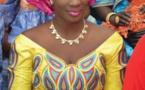 Lissa toute sublime dans sa belle tenue traditionnelle lors d'une cérémonie …. Regardez