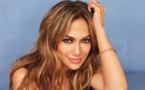 Jennifer Lopez : son étonnant moyen pour ne jamais porter deux fois la même tenue (vidéo)