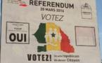 Référendum: Les affiches du « Oui » inondent Dakar (vidéo)
