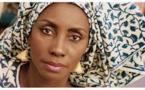 Oumou Sy – «Je suis une artiste qui amène du propre dans l'Art»