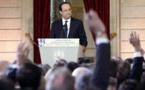 """François Hollande sur le crash d'EgyptAir: """" Aucune hypothèse privilégiée, aucune écartée""""(vidéo)"""