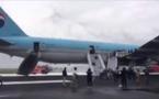 Japon : avion en feu, évacuation des passagers grâce aux toboggans