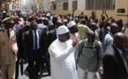 Rue Carnot:  Le Président Macky Sall marche du Palais à la mosquée pour la prière du Vendredi