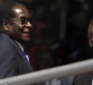 """Ian Khama (président du Botswana): """"Il est temps que Robert Mugabe parte"""""""