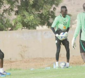 Gardien de buts des lions du Sénégal: Des gants à prendre?