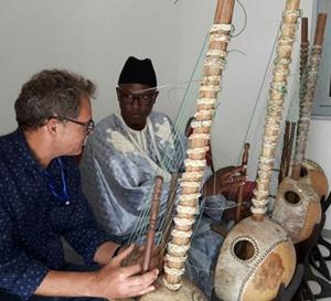 Enseignement de la Kora au Sénégal : Le choriste Ablaye Cissoko ouvre la première école de formation
