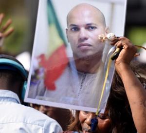Sénégal: La libération de Karim Wade, un coup d'arrêt pour la justice ? Par RFI