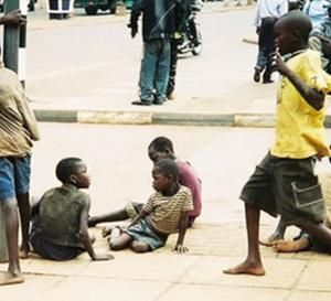 Bilan d'étape du programme de retrait des enfants dans la rue: 377 mendiants déjà retirés