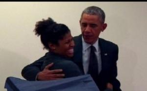 Vidéo : Un homme à Obama: «Ne touchez pas à ma copine!», Regardez :