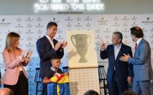 """Portugal: Le premier hôtel """"CR7"""" ouvre à Madère, qui rebaptise son aéroport """"Cristiano Ronaldo"""""""