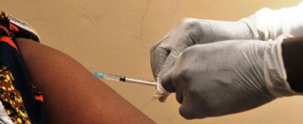 Ebola : l'OMS annonce un vaccin avec une efficacité «jusqu'à 100%»