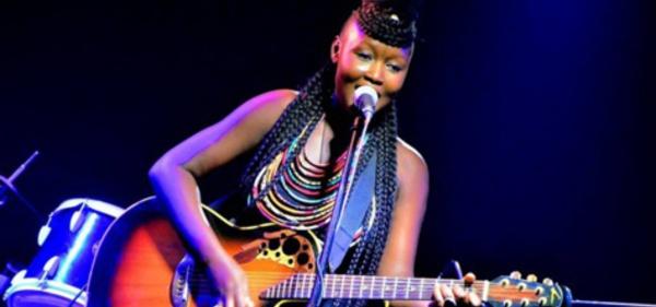 """Maréma Fall, artiste chanteuse : """"Sacs yi na goré, que les hommes nous laissent avec nos sacs, nos pantalons…"""""""