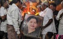 Un Etat d'Inde en alerte après l'arrêt cardiaque de sa chef idolâtrée
